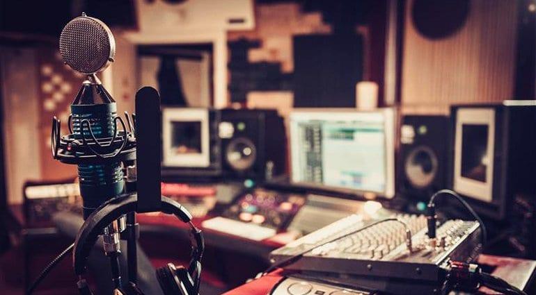 Advantages of Recording Studios